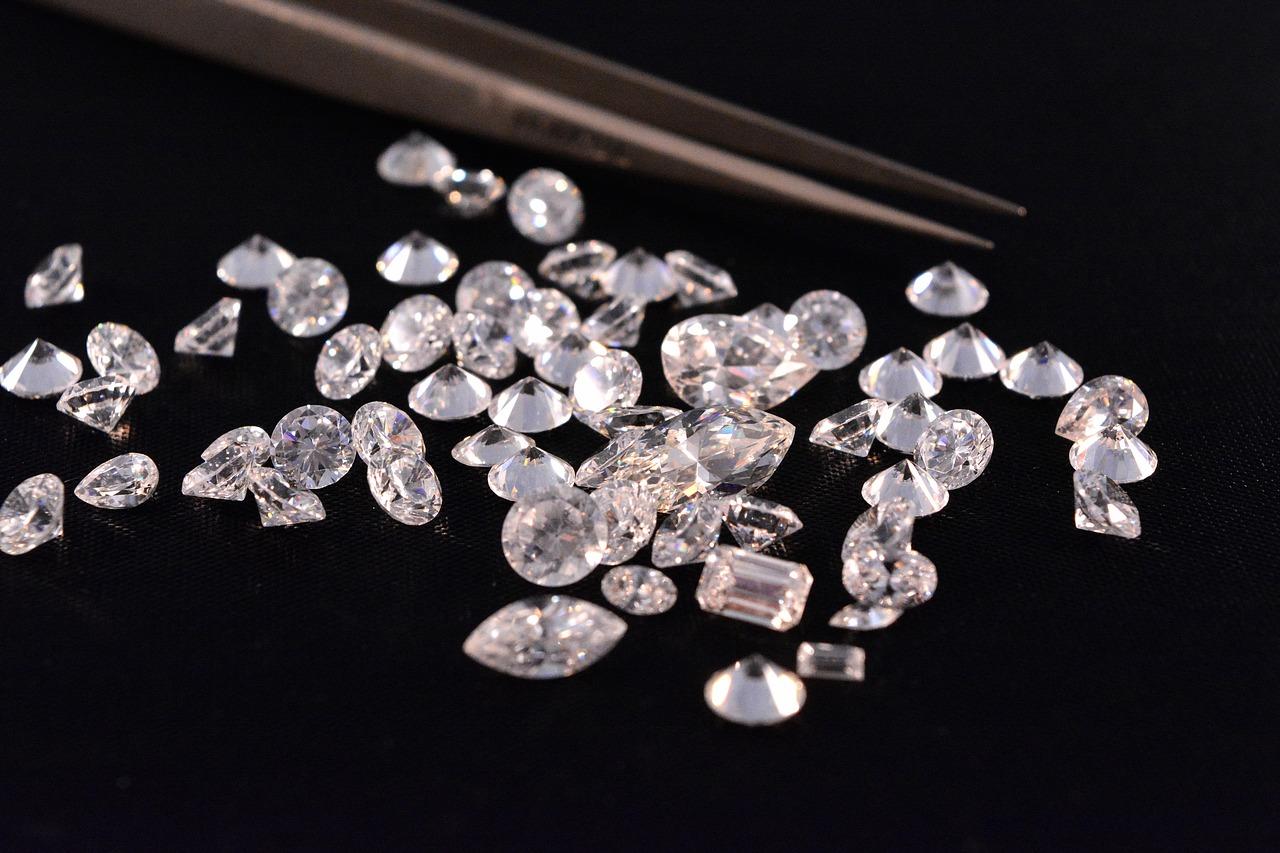 יהלומים מסוגים שונים