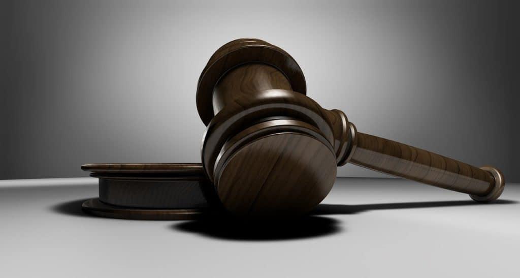 פטיש עורך דין
